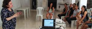 Conceição Faheina, consultora do IADH, explica os benefícios do crédito